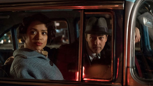 """Edward Norton's """"Motherless Brooklyn"""" Has a Deep Bench of Great Supporting Actors, But Its Screenplay Is a Muddle"""